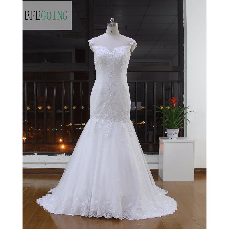 Bridal Dress With Detachable Train: White Tulle Lace Floor Length Mermaid/Trumpet Wedding