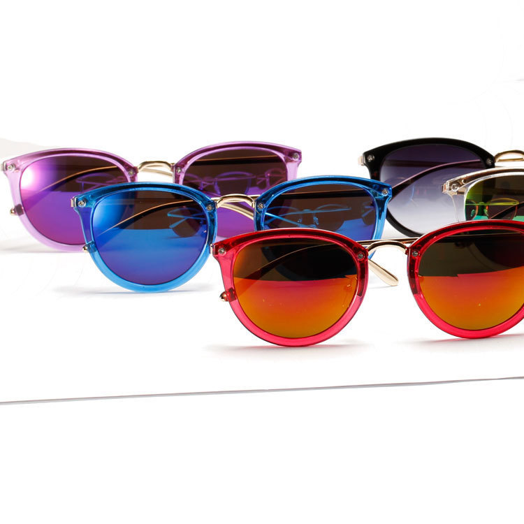 7aa90435a59 New brand high quality clear frame cat eye Sunglasses metal women candy  colors rainbow reflective sun lenses rivets Shades-in Sunglasses from  Apparel ...