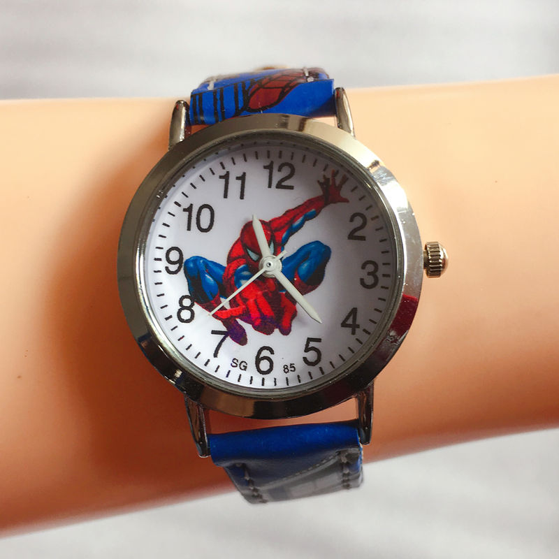 Spiderman Pattern 3D Rubber Strap Children Watch Fashion Kids Quartz Wristwatch for Boys Students 2018 Cartoon Sports Clock цена 2017