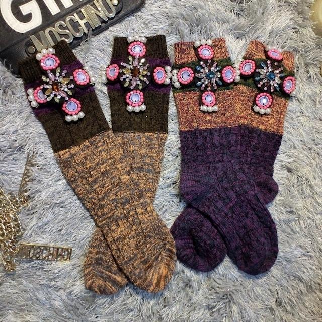 Calcetines de la navidad Nueva Limited 2016 Calcetines Personalizados Diseño De Moda Cruz Taladro Brillante En Color De La Perla Que Hace Punto Golpe Corto Femenino