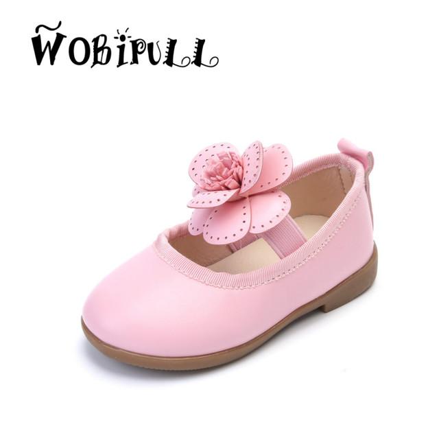 Wobipull 2017 nova primavera shoes sólidos flores de couro meninas do bebê da princesa plana crianças shoes crianças moda festa branca shoes21-30