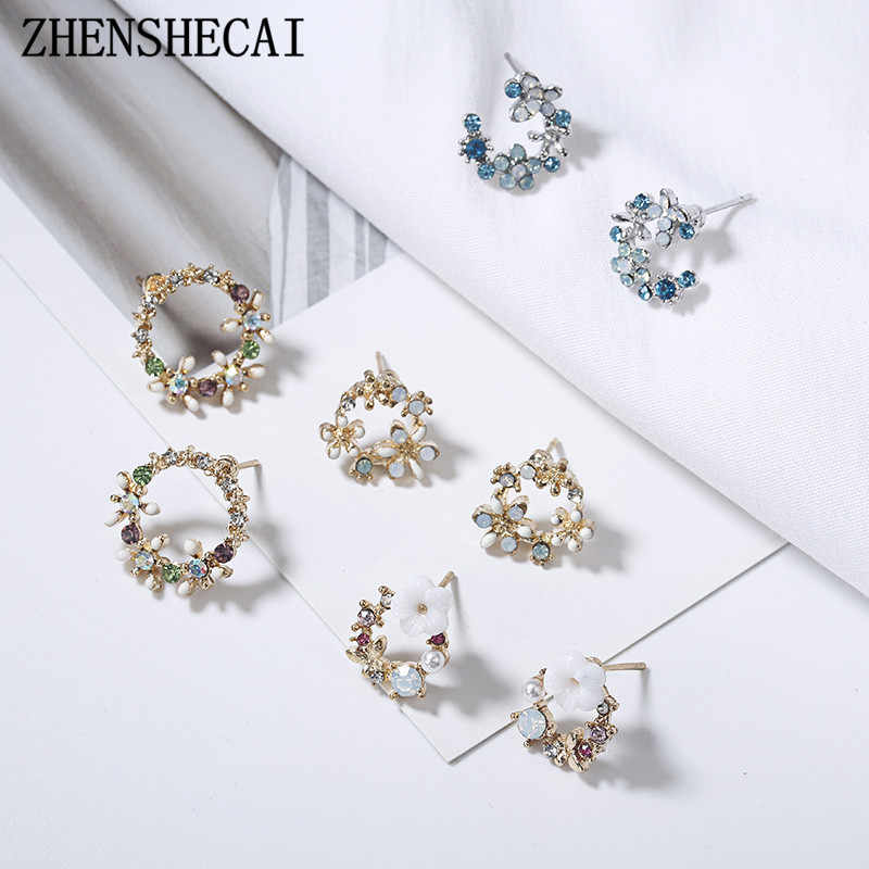 2018 New Colorful Rhinestone Wreath round Stud Earrings For Women small Cute Flower Circle Boucle D'oreille Gift