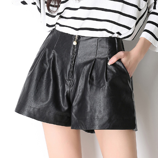 O Envio gratuito de Moda Outono Verão Couro PU Zíper Solto Pérola Calções Mulher Shorts De Perna Larga Cintura Elástica Calças Curtas Pretas