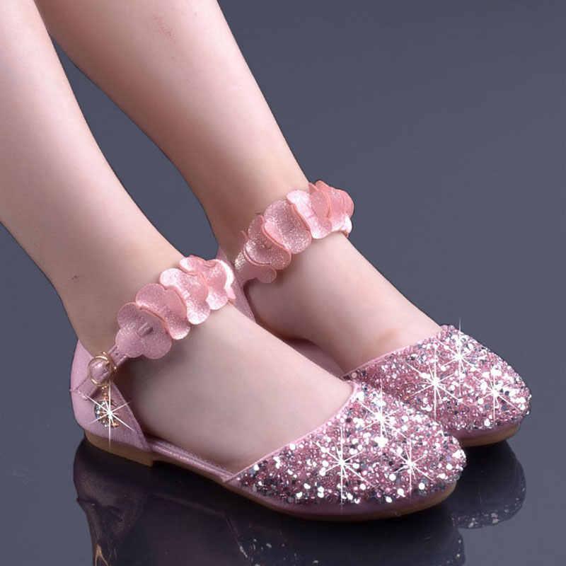 5e3d971a0 Детские блестящие босоножки для девочек блестящие с закрытым носком  принцессы платье с цветочным принтом обувь Туфли