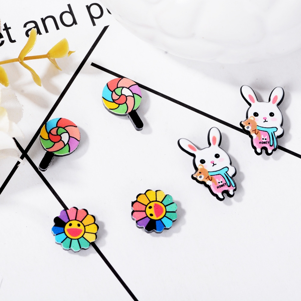1 Pair Non-Piercing Cartoon Cute Clip-On Allergy-free Magnetic Earrings for Kids ...