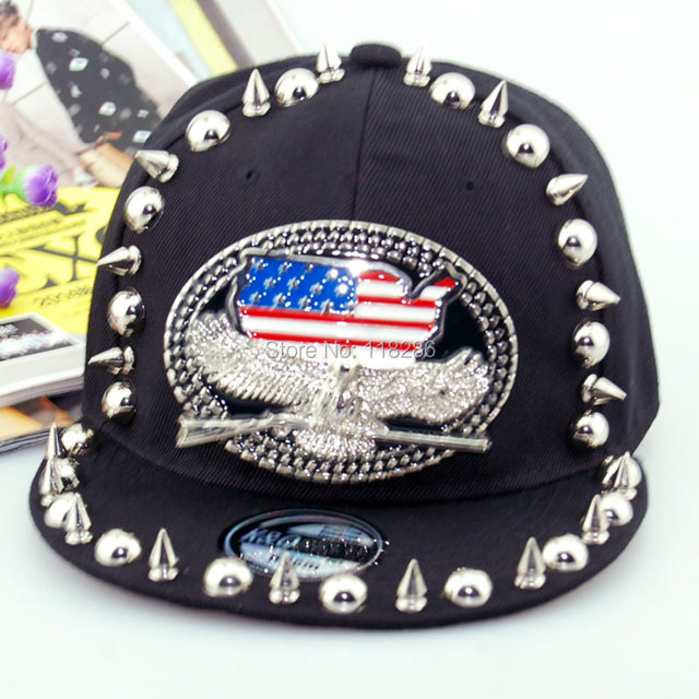 High Quality Handmade Skull Rivets Baseball Cap Adjustable American Flag Hip Hop Cap Cool Punk Flat Brim Snapback Cap Casquette