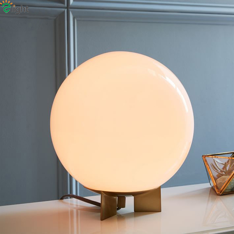 все цены на Nordic Simple Glass Ball Led Table Lamp Lustre Gold Bedroom Led Table Lights Living Room Led Table Light Desk Luminaria Fixtures