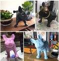 Sveglio caldo Complementi Arredo Casa PE Bull Dog Ornamenti Regalo di Nozze Creativo di Simulazione Pipì Statue di Cane Complementi Arredo Casa zione Accessorie