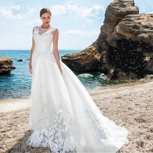 High Quality Tulle Summer Beach Wedding Dresses Scoop Neck 2016 Applique Zip Back with Court Train