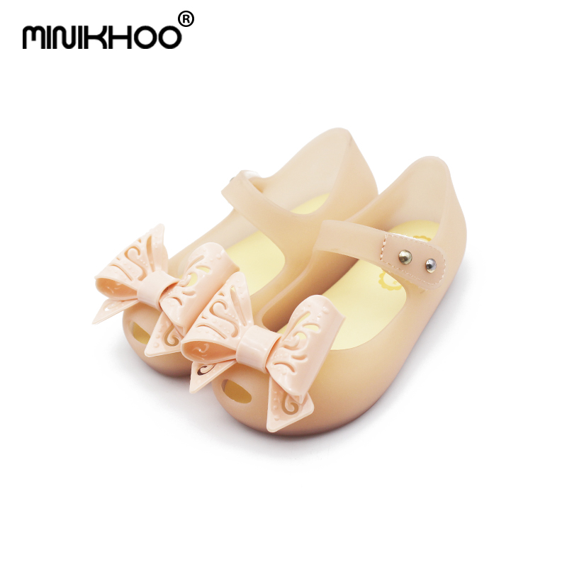 Mini Melissa Hollow Bow Tie Cute Girl Jelly Sandals 2018 Children Shoes Sandals Beach Sandals Melissa Jelly Sandals High Quality