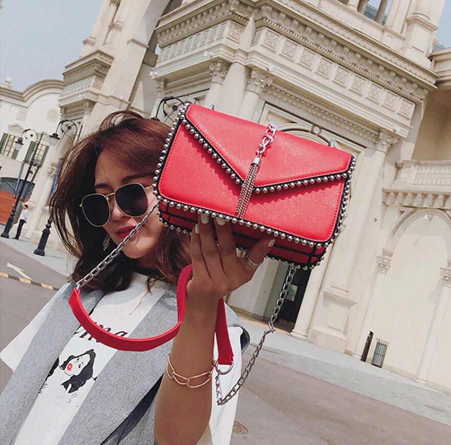 BATTY BANANE Sac À Bandoulière Dames Petite Soirée D'embrayage Sacs Chaînes Femmes Sac À Main Pour L'été 2018 Fashion Designer Messenger Sac