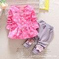 Menina roupa do bebê 2016 moda primavera rodada long neck-sleeved flor do bebê recém-nascido conjunto de roupas de algodão conjunto completo de roupas e calça