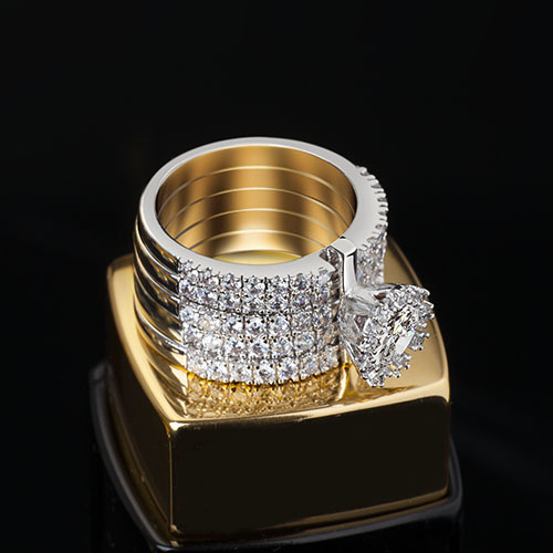 Very fine jewelry zircon rings, perfect Roman stylish ring ...