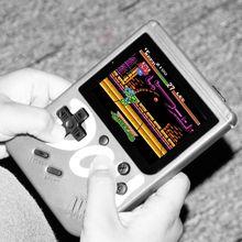 Juegos integrados 360 batería 850mAh Vintage Mini reproductor de mano 3 pulgadas consola de pantalla colorida Gamepad para accesorios de juego