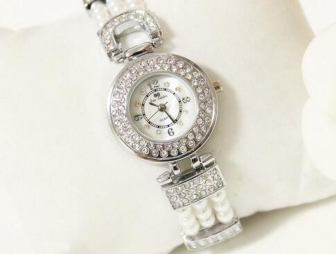 BS brand Pearl Scale Crystal Diamond Rolling Bracelet Women s Watches Brand Luxury Fashion Ladies Watch