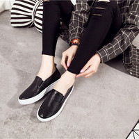 Good looking 2019 women's shoes casual wild flat white shoes shoes wholesale DM47