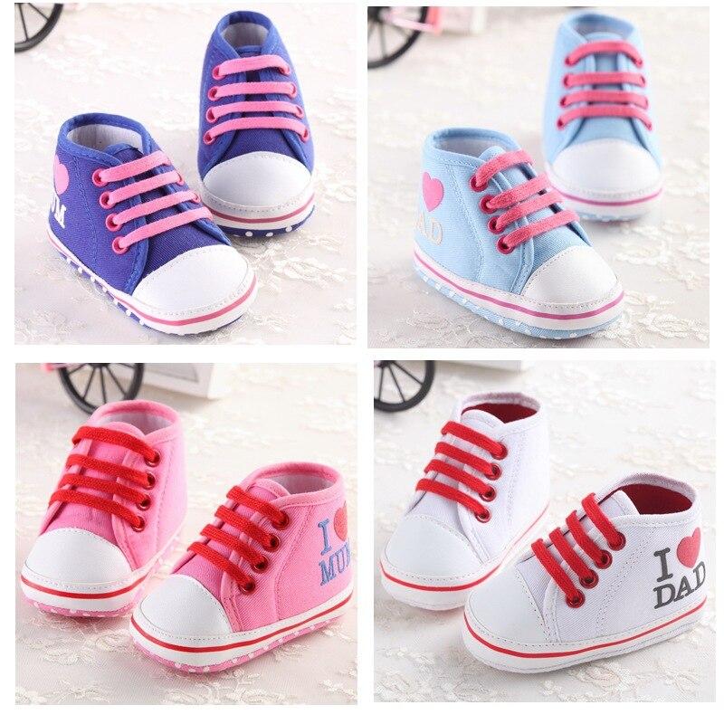 Toddler Newborn First Shoes Baby Boys Girls Crib Prewalker Infant I LOVE MOM DAD
