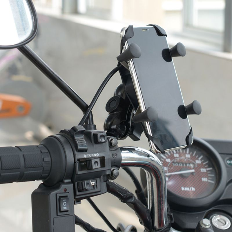 Wholesale Motorcycle Cell Phone Grip Clamp Stand Holder Mount Bracket With USB Charger Socket For Smartphones