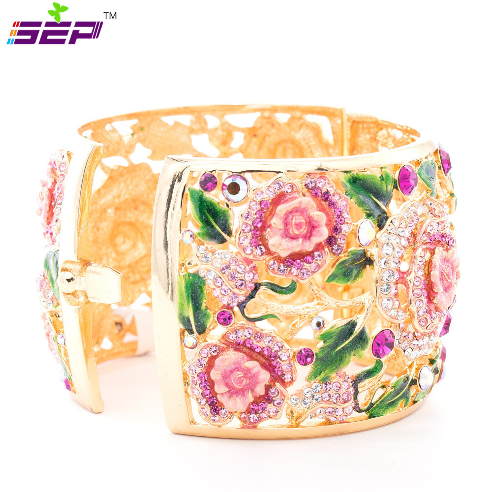 цена на New 2015 Fashion High Quality Enamel Leaf Bracelet for Women Rose Flower Bracelets Bangles Cuff Austrian Crystals SKCA1785M