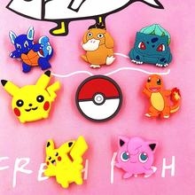 1 Pcs Pokemon Pikachu Bola Elf Charizard PVC Pin Kartun Bros Lencana Pakaian Kostum Kerah Syal Jarum Tas Pin(China)