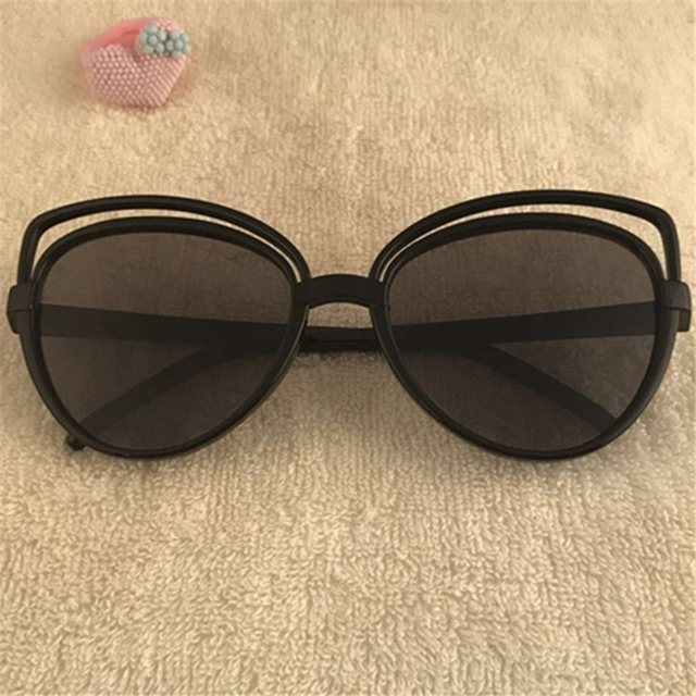 650e8e98601 Fashion Cat Eye Sunglasses Women Brand Designer Retro Pierced Female Sun  Glasses oculos de sol feminino UV400