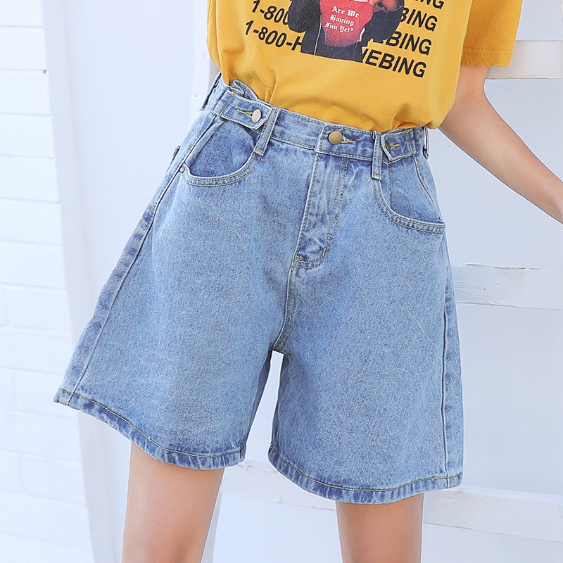 Denim womes shorts 2018 female Loose jeans shorts new summer buttons to adjust high waist and broad leg hot pants blue color