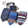 Malha Laço dos homens Lazer Triângulo Listrado Gravatas 7 cm Largura Tecida Gravata Nova Skinny Estilo Britânico Cravate Frete Grátis para o Partido
