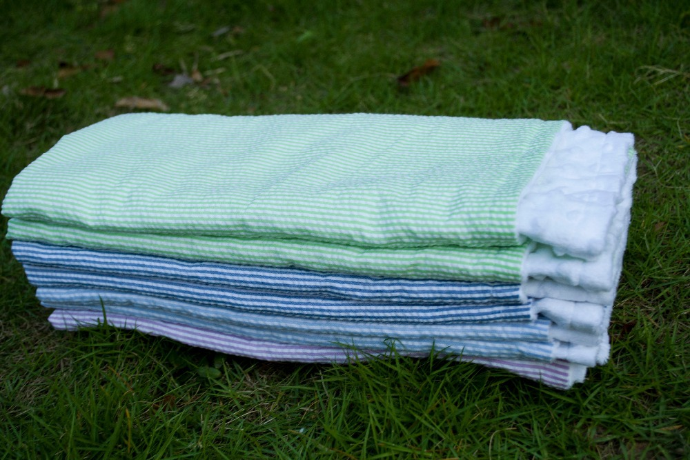 Natural Health Cotton Baby Kid Blanket 26*30inch Summer Seersucker Minky Dot Hole Breathable Baby Blankets Wholesale