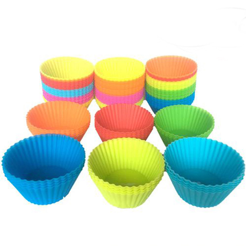 12pcs/Set 7cm Silicone Cupcake Round Reusable Baking Cake Molds Jelly Mould Cupcake Maker Muffin Cup (Random Color)