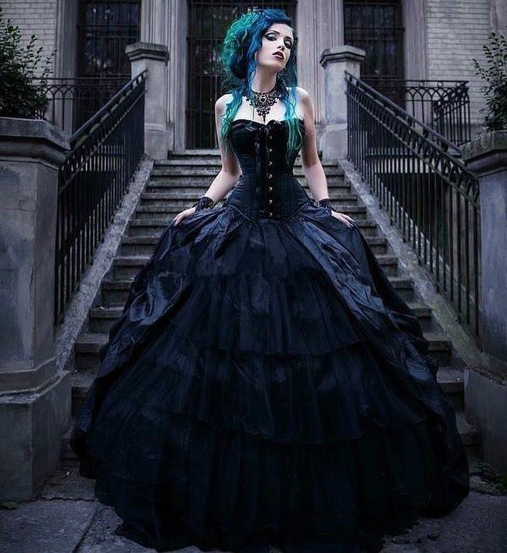 Vintage Black Victorian Gothic Wedding Dresses Corset Strapless