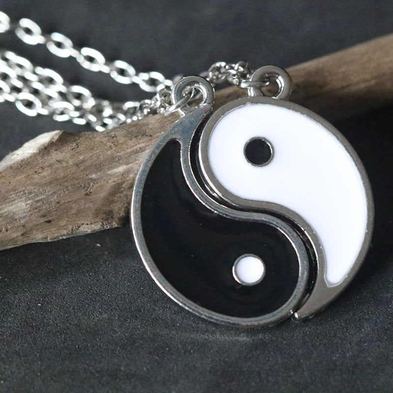 Best Friends Necklace Jewelry Tai Chi Yin Yang Gossip Pendant Couples Paired Necklaces&Pendants Unisex Lovers Valentine's Gift
