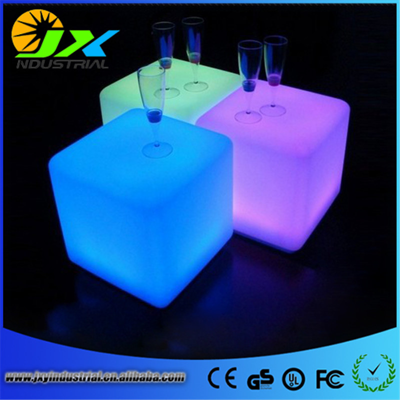 Free shipping 40*40*40cm rechargeable Wireless remote led inductive charging cube Chair BAR CUBE CHAIR