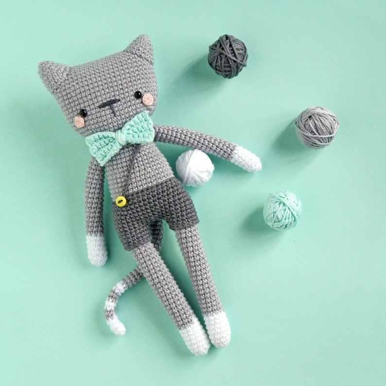 Amigurumi pattern for crochet chinchilla. Crochet cat toy pattern | 794x794