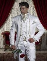 2016 Embroidery Groomsmen Mandarin Lapel Groom Tuxedos White Men Suits Wedding Prom Best Man Blazer Jacket