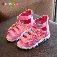 夏のスタイルの子供サンダル女の子プリンセス美しい花シューズキッズ快適なフラットサンダル赤ちゃんの女の子ファッションローマン靴