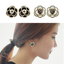 E33 Famous Luxury Brand Designers Jewelry Small Camellia Flowers Charm Fashion gold-color 2017 New Stud Earrings For Women