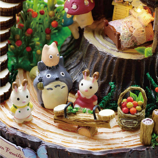 Array DIY Assembled Resin Anime Cottages Music Box My Neighbor Totoro Birthday Gift Fantasy Forest Candy