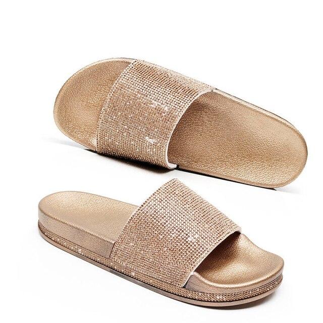 Mulheres Flip Flops Deslizador Da Forma Das Mulheres de Cristal Do Sexo Feminino Sapatos de Verão Plana Strass Fundo Grosso Bling Praia Slides