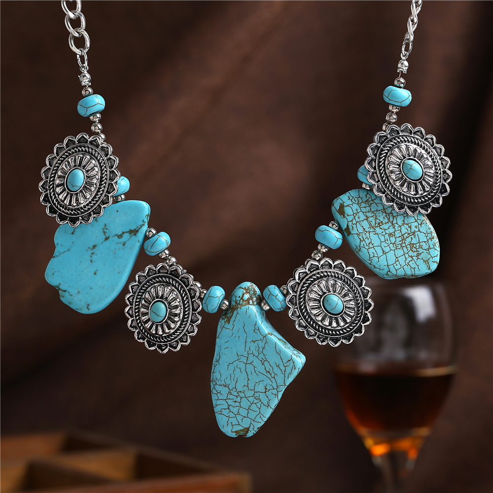 2016 High Quality Statement Necklace Women Turquoise Vintage Choker Collar Necklaces & Pendants Fine Jewellery women