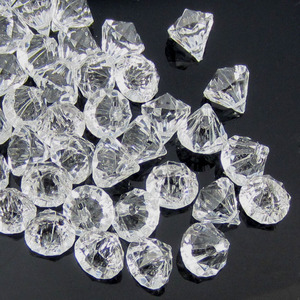 Image 1 - 50pcs Clear acrylic diamond gems faceted beads table vase filler pirate acrylic diamond crystal in Party DIY Decorations 12.0mm