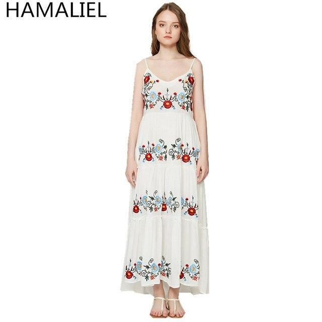 Hamaliel Runway verano mujeres Boho vestido 2018 blanco correa de espagueti  del algodón floral bordado sexy 623bf00f043f