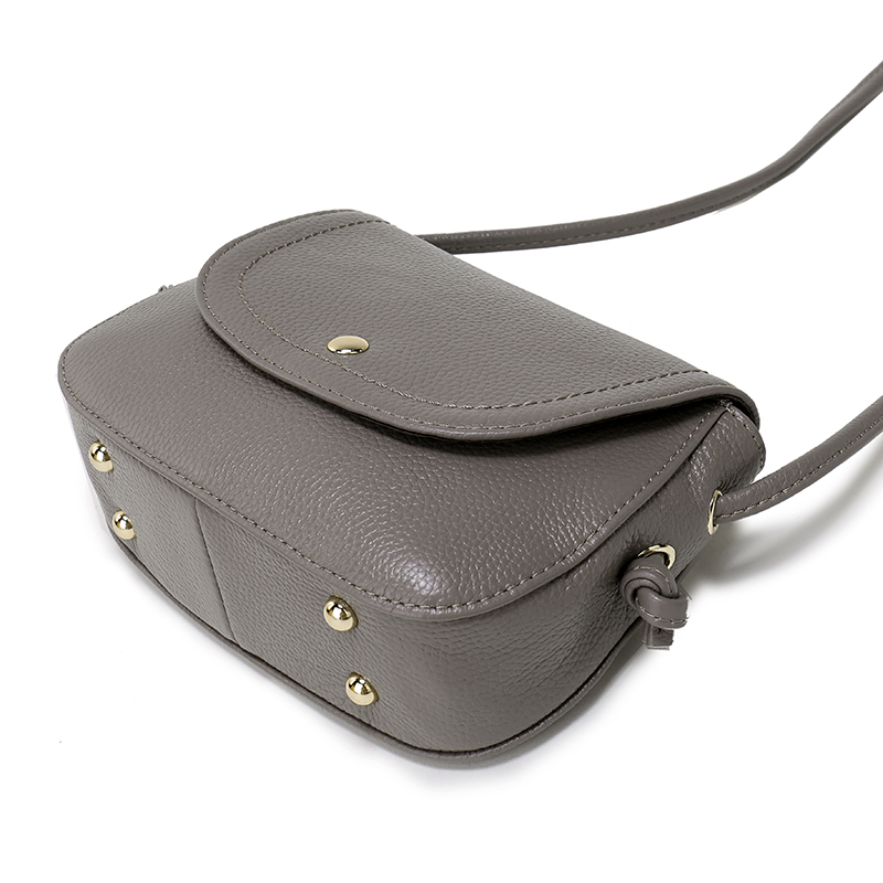 e930dc12156 Aliexpress.com   Buy Nuleez Genuine Leather Saddle Bag Real Leather Women  Small Bag Summer Sling Bag For Girls Crossbody Messenger Bags Female 2031  from ...
