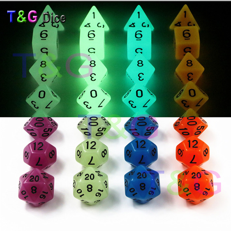 Wholesales 7pc/lot Glow in the dark RPG Digital Dice Set D4,d6,d8,d10,d10%,d12,d20 for Board Game Orange,purple,blue,light green colorful 14mm 10pcs set acrylic transaprent d6 dice 6 sided gambling red blue green yellow purple dice for drinking board game