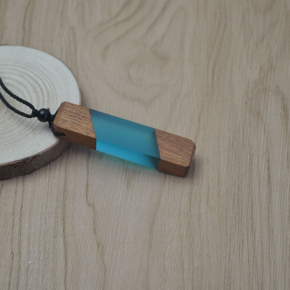 wood resin necklace,jewelry gifts,wood resin,Fashionable necklace,pendant,