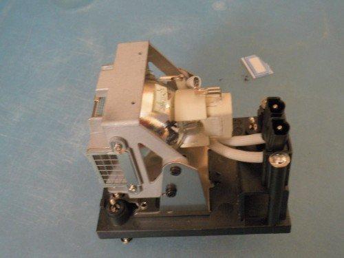 Совместимость лампы проектора NP04LP с корпусом для NP4000/NP4001