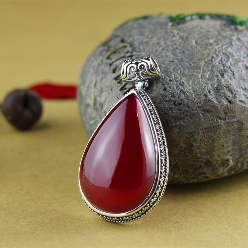 The character of silver S925 silver jewelry inlaid silver handmade Vintage pendant drop shaped red corundum yldz001 fashionable moon shaped rhinestone inlaid pendant necklace golden transparent