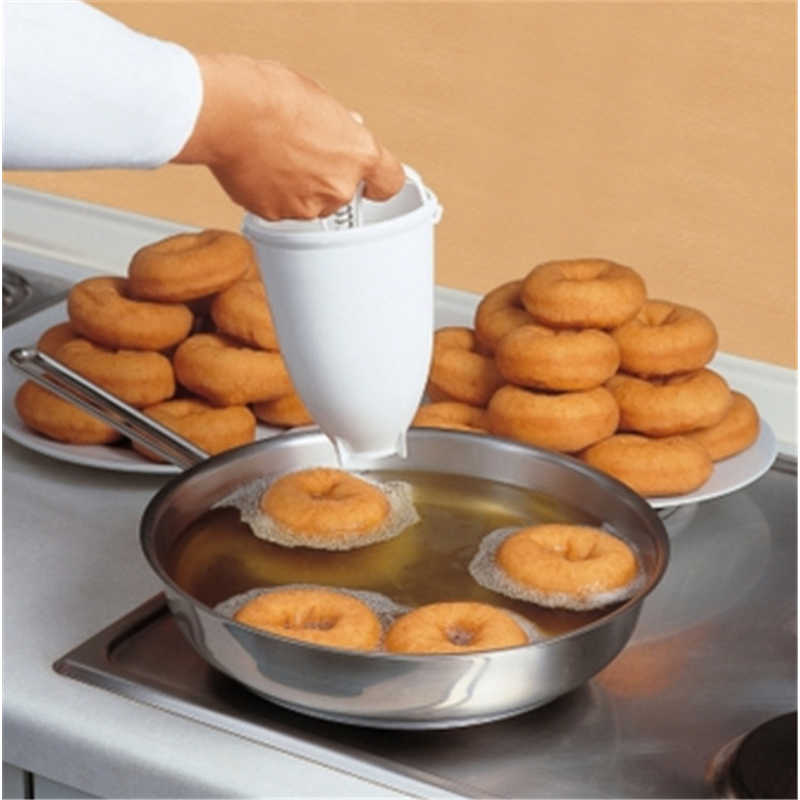 Plastic Doughnut Maker Machine Mold DIY Tool Kitchen Pastry Making Bake Ware Kitchen Accessories White Practical Moule Donut