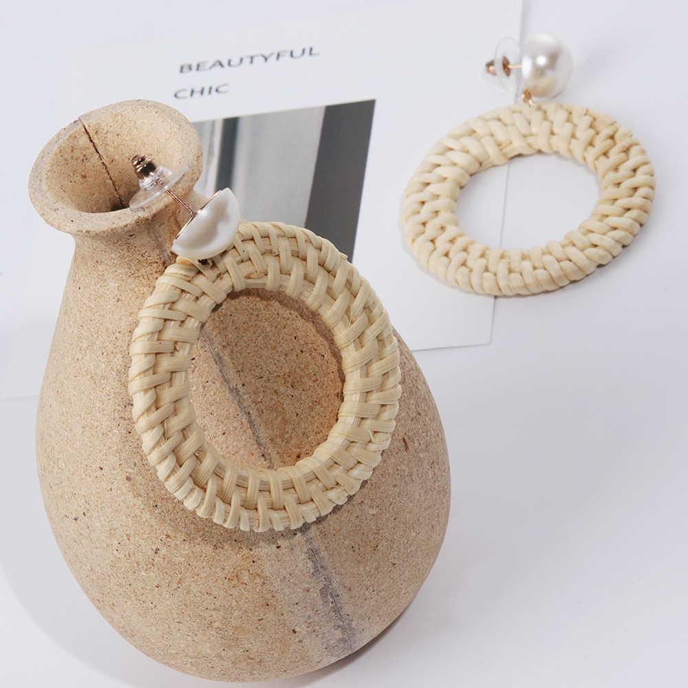 2018 nuevo Corea hecho a mano de paja de madera de paja de ratán vid trenza geométrico círculo cuadrado cuelga los pendientes de gancho para las mujeres