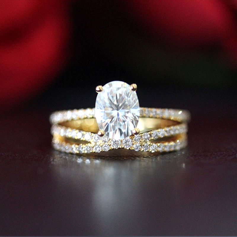 14K Yellow Gold Ring Set 2ct Carat Oval Brilliant Cut Moissanite Engagement Ring & Wedding Band For Women