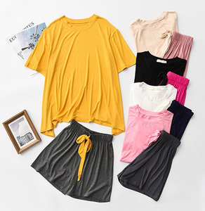 Image 4 - Yaz ve sonbahar kadın pijama konfor yumuşak Modal pijama seti yuvarlak yaka düz renk 2 adet üstleri + pantolon/şort gevşek ev tekstili